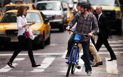 Sobre todo en las horas de congestión, más vale pedalear q...