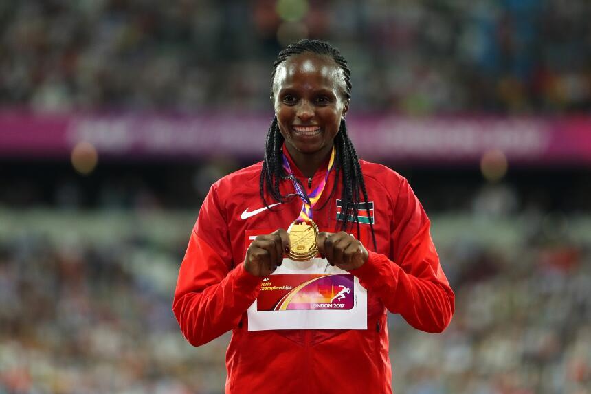 Hellen Obiri (Kenia) / 5,000 metros