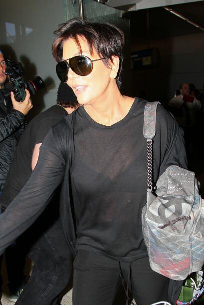 Pero llegaron al aeropuerto de Los Angeles tomaditos de la mano. Mira aq...