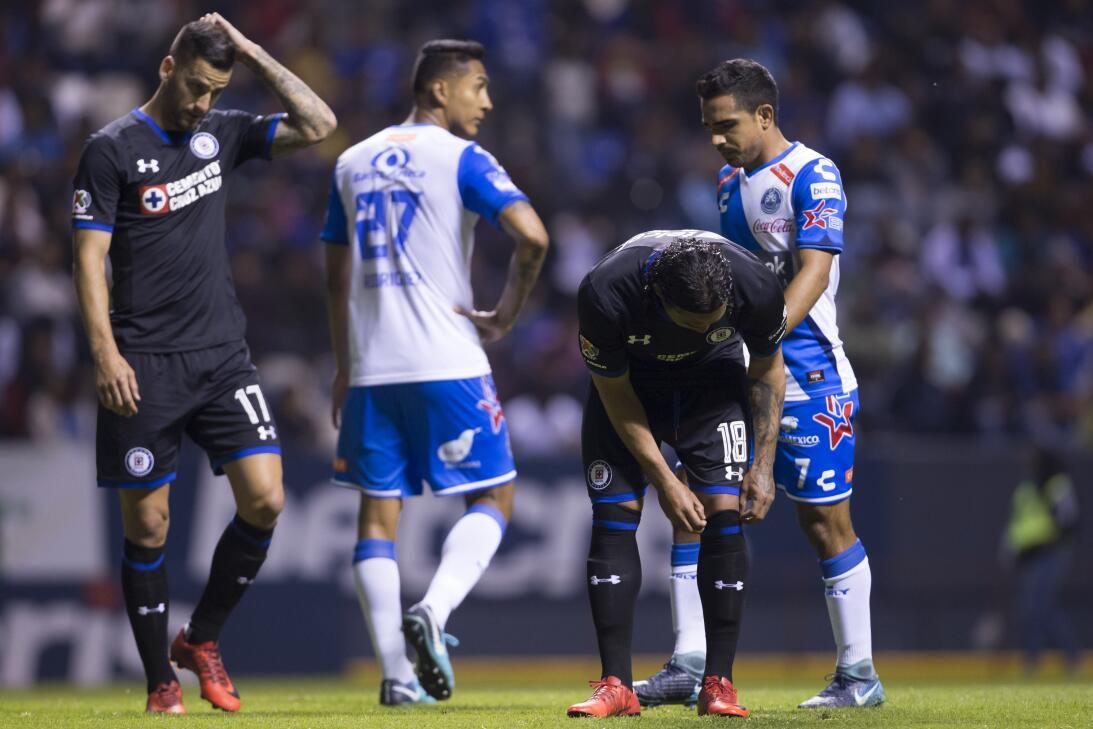 Cruz Azul venció a Puebla 2-0 en Copa MX 20180207-2277.jpg