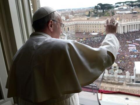 El Papa Francisco aseguró que Dios jamás deja de perdonar...