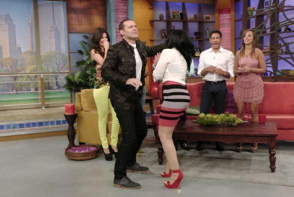 Aún con Alan de pareja, Graciela hizo el intento para mostarnos sus mejo...