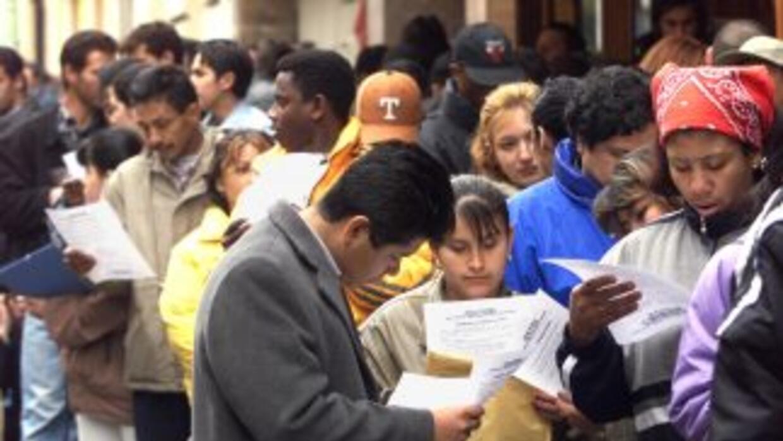 Al menos 5 millones de indocumentados podrán pedir un amparo de deportac...