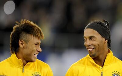 Neymar y Ronaldinho