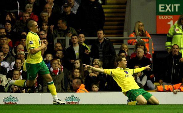 El Norwich City, equipo recientemene ascendido, festejó el empate como u...