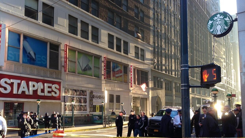 Zona acordonada por el tiroteo cerca de Penn Station.