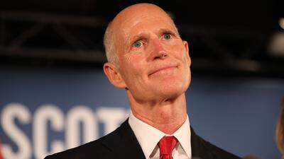 Gobernador Rick Scott entabla demandas a supervisores electorales de Florida