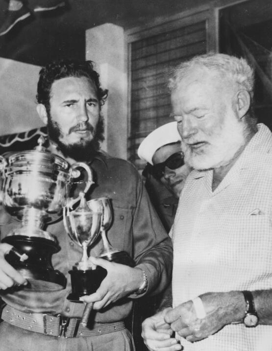 Fidel Castro y el escritor nortemaericano Ernest Hemingway, 1960