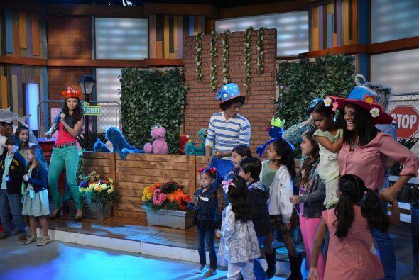 Niños, jóvenes y adultos, todos estaban divertidísi...
