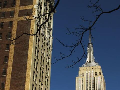 El célebre rascacielos Empire State Building, el más alto...