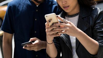 Cientos de apps guardan y comparten con empresas la ubicación de los usuarios, sin su consentimiento