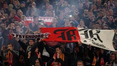 El encuentro entre el Feyenoord y la Roma se vio empañado por el racismo...