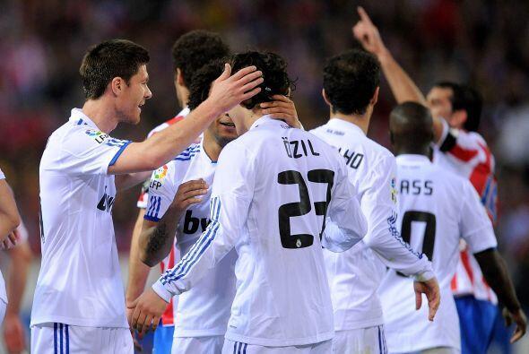 En otro de los encuentros importantes de la jornada, El Real Madrid se q...