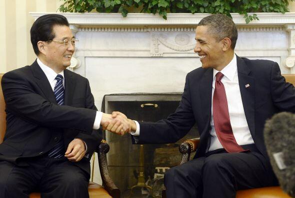 El presidente Barack Obama recibió a su colega chino Hu Jintao en la Cas...