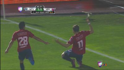 Veracruz rescató el empate ante Monterrey con el gol de Furch