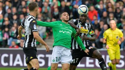 Saint-Etienne vence al Angers y sube posiciones en Francia