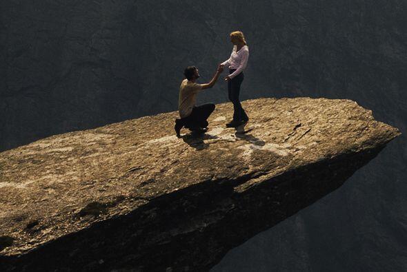 Para llegar a la roca, que simula un balcón o incluso una plataforma esc...