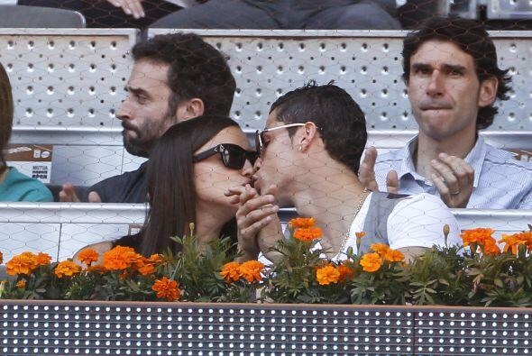 ¡Y cómo no! Si se trata del codiciado delantero del Real Madrid y la mod...