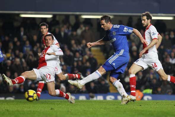 Chelsea recuperó la punta gracias a la inspiración de Frank Lampard que...