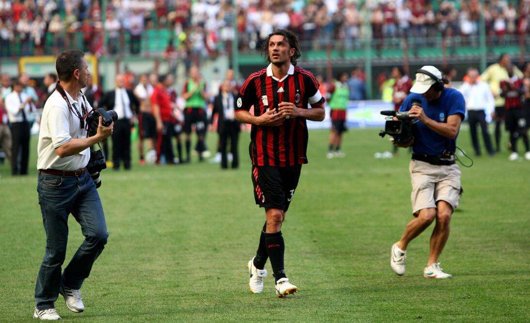Paolo Maldini (Retirado) - 'Il Cabalieri' italiano, ídolo del Mi...