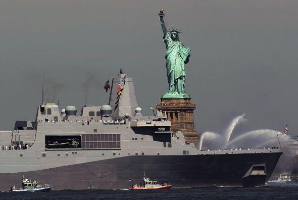 La semana Naval culmina con el Día de los Caídos (Memorial Day), un día...