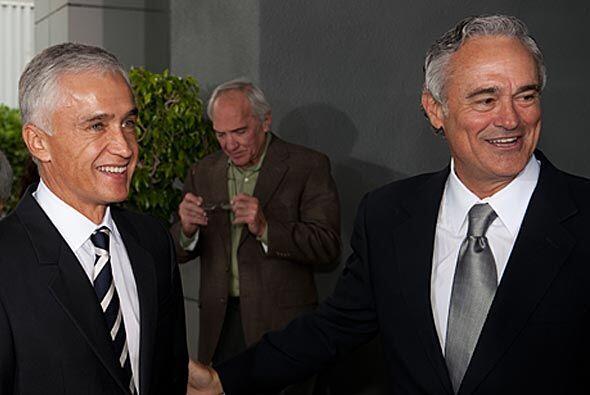 Jorge Ramos también acompañó en la celebración a Ray Rodríguez.