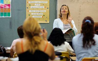 Distrito escolar de Montebello aprobó el despido de 333 empleados por re...