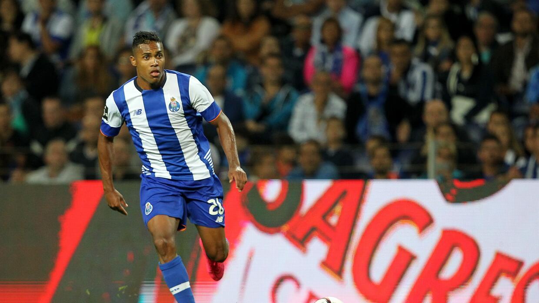 Alex Sandro dejaría al Porto para jugar con la Juventus de Turín