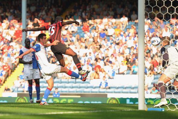 El segundo fue de Mario Balotelli con un fuerte y bien colocado remate d...