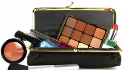 Los productos esenciales que debes tener en tu estuche de maquillaje, ¡p...