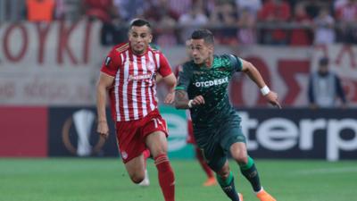 En fotos: Olympiacos y Betis lograron el único 0-0 del inicio de la Europa League