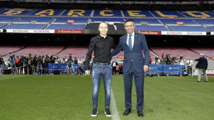 Iniesta y Barcelona, una historia de amor que durará toda la vida dlc4z5...