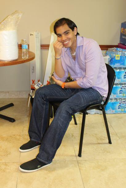 Luis Enrique, de 20 años, llegó a St. Jude desde Honduras para tratar el...