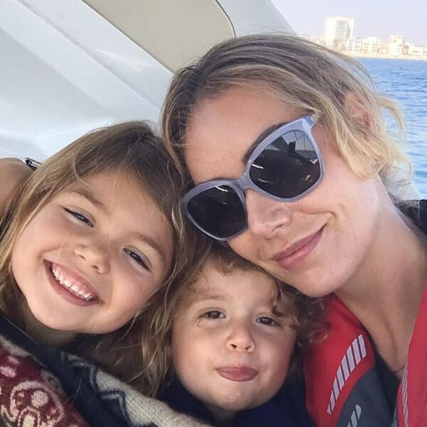 Heidi Balvanera y sus hijos