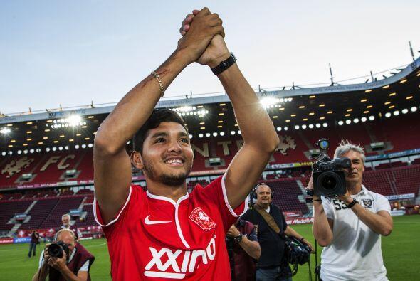 La poca actividad en su primer año con el Twente le sirvió a Corona para...