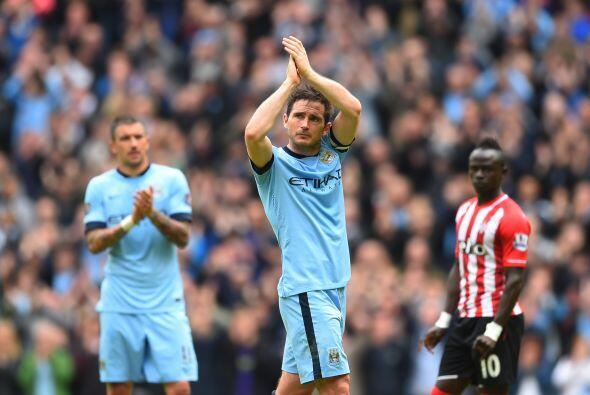 Frank Lampard abrió el marcador en la primera parte, el partido sirvió c...