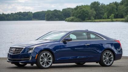 """<h3 class=""""cms-h3-H3"""">3. Cadillac ATS</h3><br/>Las áreas más problemáticas del ágil compacto de Cadillac de acuerdo a sus dueños estuvieron relacionadas a los sistemas electrónicos del vehículo, a su tren motriz y a su sistema climático. Cadillac dejará de construir el ATS sedán en 2019, pero el modelo coupé continuará siendo ofrecido."""