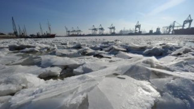 Calentamiento global podría hacer desaparecer el hielo del Ártico en verano