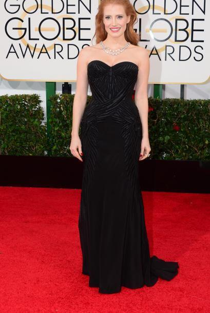 Jessica Chastain se vio perfecta con este bello vestido de Givenchy, Bul...
