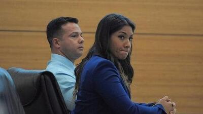 José Caballero, de 40 años, y su novia Elissa Álvarez, de 21