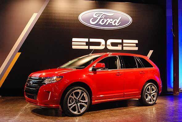 Ford presento la nueva generacion de su popular crossover Edge.