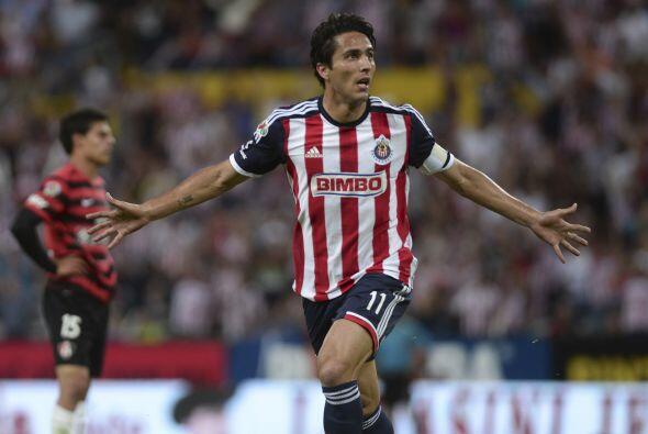 11 Aldo de Nigris.-  El delantero del Guadalajara está listo para hacer...