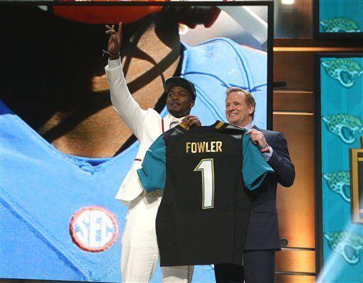 El primer defensivo elegido fue Dante Fowler Jr. de Florida, por los Jac...
