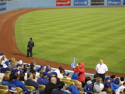 A pesar del gran entusiasmo de los fans de los Dodgers por la primera vi...