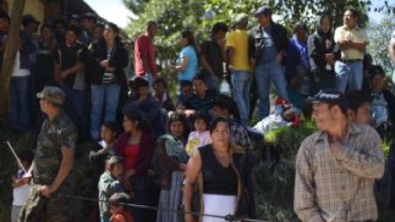 Damnificados en Guatemala tras fuerte sismo que azotó al país.