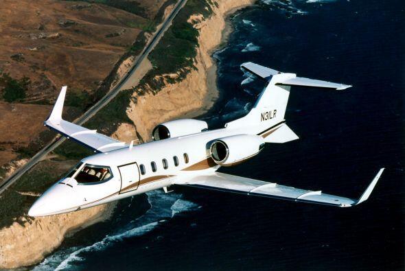El avión LearJet 25 en el que murió la cantante Jenni Rivera y seis pers...