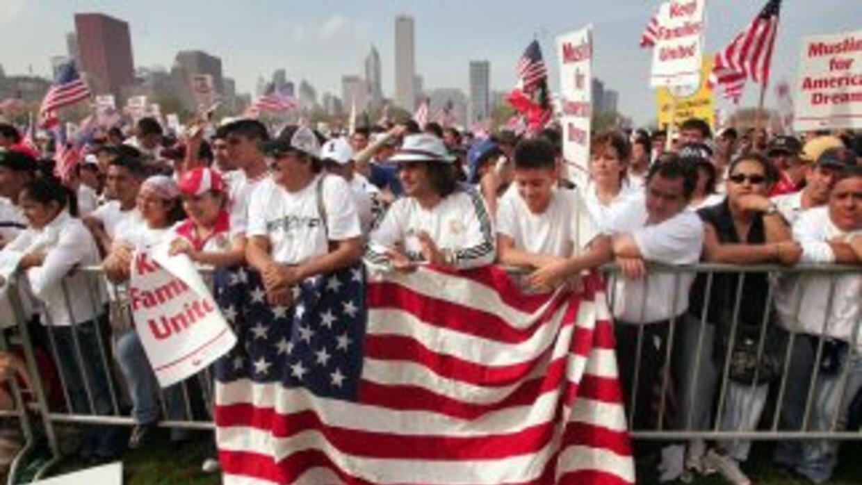 Los 11 millones de indocumentados que se calcula residen en Estados Unid...