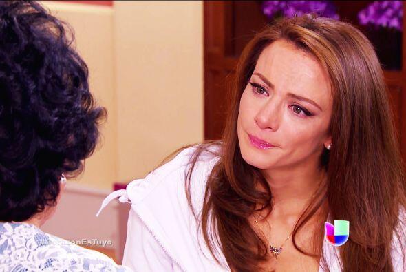Le hizo creer a la pobre de Ana que usted la abandonó en el orfanato de...