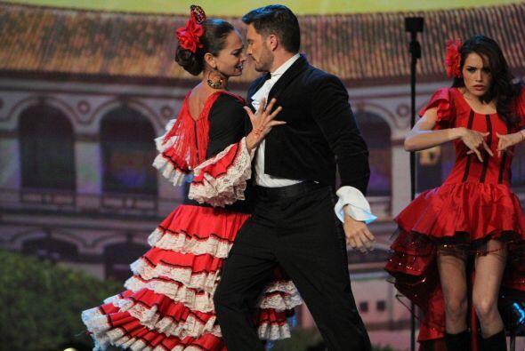 Lupita robó corazones con este baile y el video que mostró Julián.
