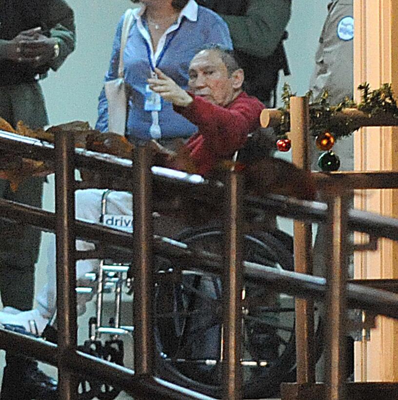 Former Panamenian dictator Manuel Noriega (red) after arrive at the Rena...